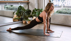 Yoga Clothing: 3 Reasons to Select the Proper Workout Clothing