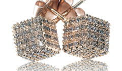 Champagne Diamonds Make Fashion Transitions Pop This Fall
